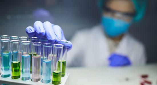 lab-worker-background